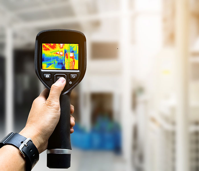 Thermal cameras secure predictive maintenance, while limiting inspectors exposition to hazardous areas.